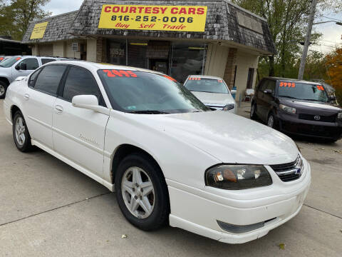2004 Chevrolet Impala for sale at Courtesy Cars in Independence MO
