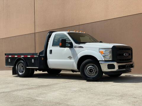 2015 Ford F-350 Super Duty for sale at TX Auto Group in Houston TX
