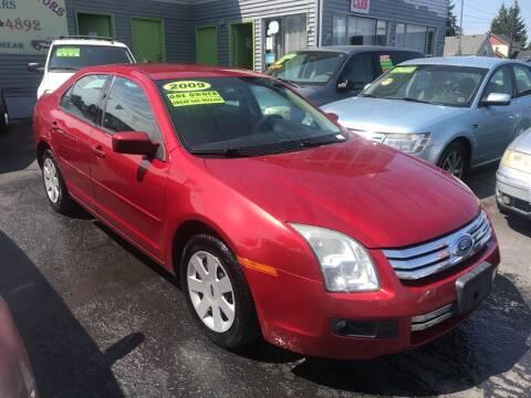 2009 Ford Fusion for sale at American Dream Motors in Everett WA