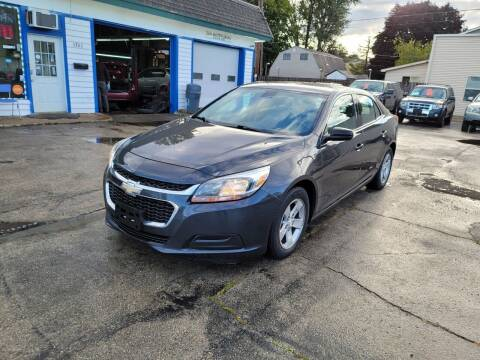 2015 Chevrolet Malibu for sale at MOE MOTORS LLC in South Milwaukee WI