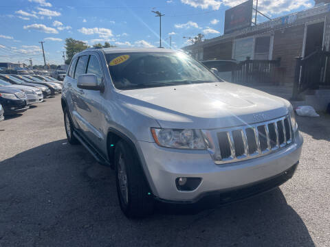 2011 Jeep Grand Cherokee for sale at I57 Group Auto Sales in Country Club Hills IL