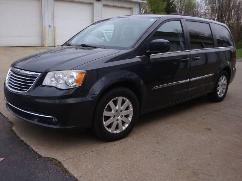 2012 Chrysler Town and Country for sale at Jay's Auto Sales Inc in Wadsworth OH
