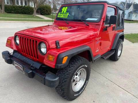 1998 Jeep Wrangler for sale at BROTHERS AUTO SALES in Hampton IA