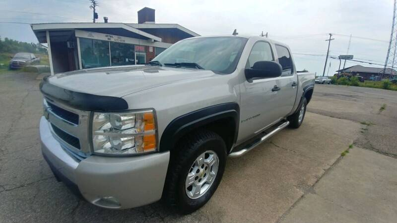 2007 Chevrolet Silverado 1500 for sale at AutoBoss PRE-OWNED SALES in Saint Clairsville OH