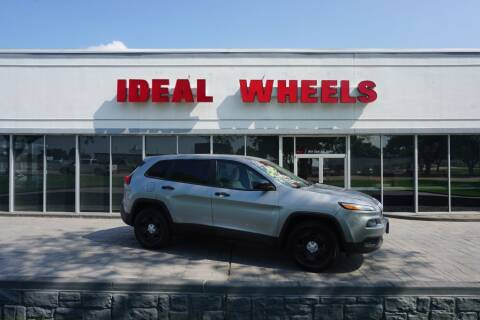 2017 Jeep Cherokee for sale at Ideal Wheels in Sioux City IA