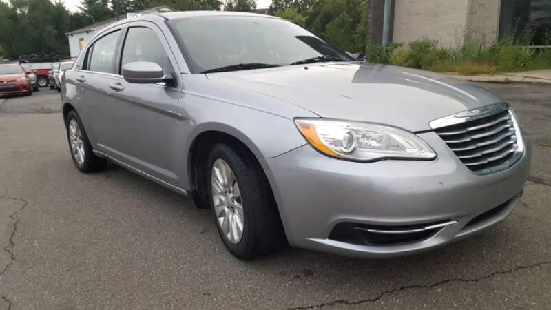 2014 Chrysler 200 for sale at Diamond Automobile Exchange in Woodbridge VA