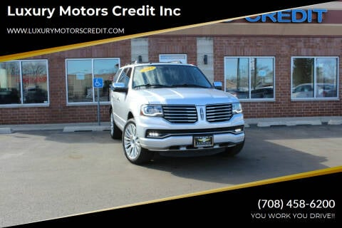 2015 Lincoln Navigator for sale at Luxury Motors Credit Inc in Bridgeview IL