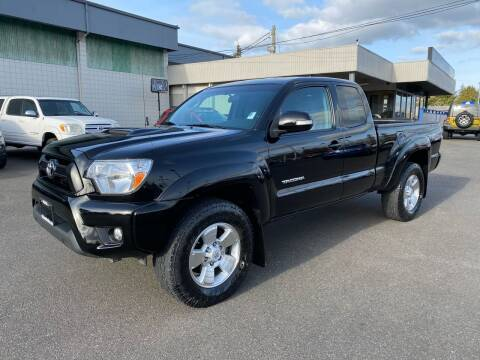 2015 Toyota Tacoma for sale at Vista Auto Sales in Lakewood WA