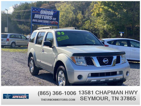 2005 Nissan Pathfinder for sale at Union Motors in Seymour TN