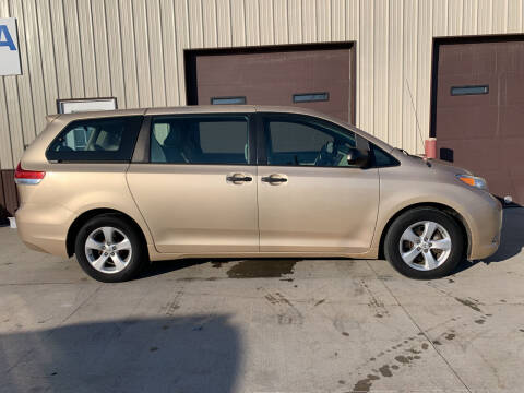 2011 Toyota Sienna for sale at Dakota Auto Inc. in Dakota City NE