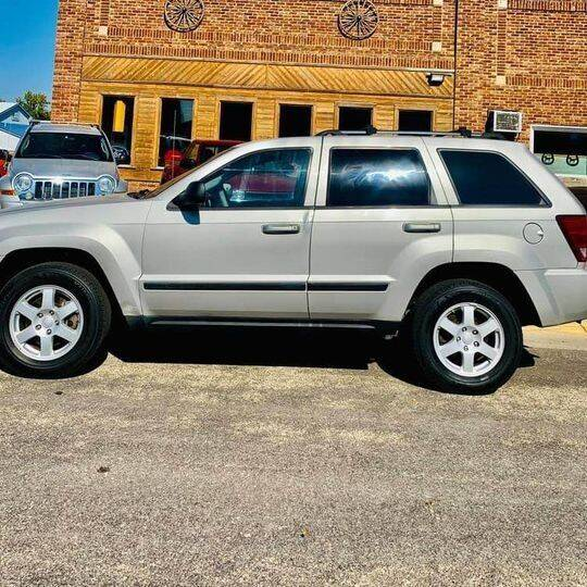 2008 Jeep Grand Cherokee for sale at Car Corral in Tyler MN