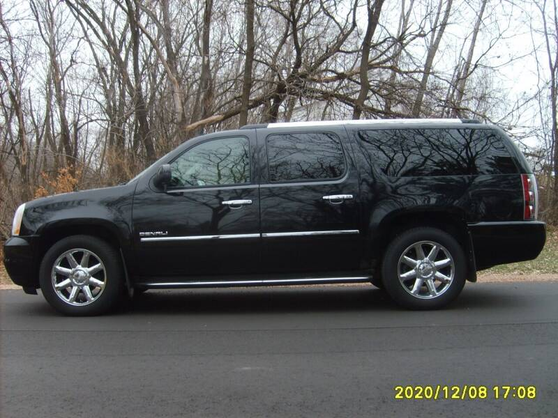 2010 GMC Yukon XL for sale at Northport Motors LLC in New London WI