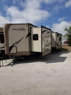 2017 Rockwood Windjammer for sale at Ultimate RV in White Settlement TX
