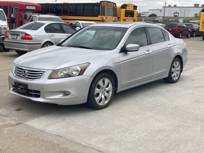 2008 Honda Accord for sale at Casey's Auto Detailing & Sales in Lincoln NE