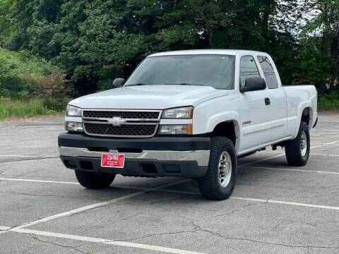 2005 Chevrolet Silverado 2500HD for sale at Hillcrest Motors in Derry NH