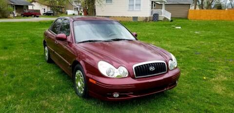 2004 Hyundai Sonata for sale at Cleveland Avenue Autoworks in Columbus OH