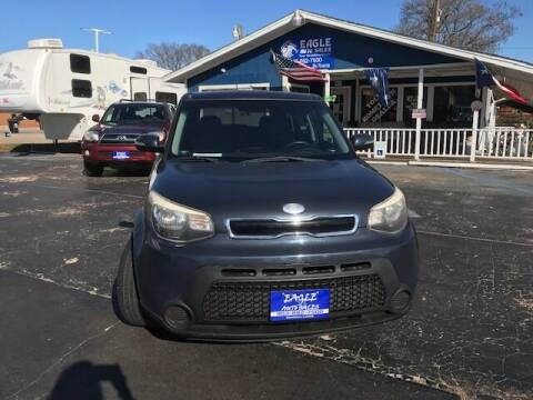 2014 Kia Soul for sale at EAGLE AUTO SALES in Lindale TX