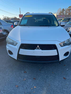 2012 Mitsubishi Outlander for sale at SRI Auto Brokers Inc. in Rome GA