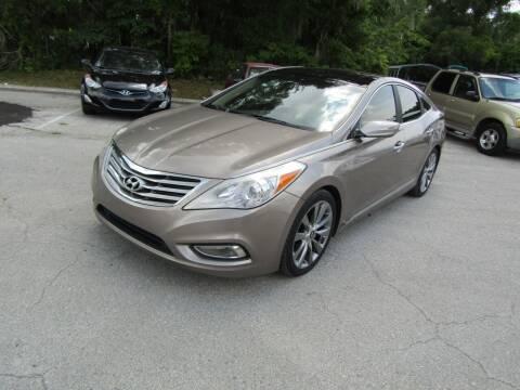 2013 Hyundai Azera for sale at S & T Motors in Hernando FL