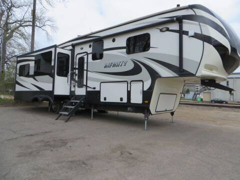 2014 INFINITY TRAVEL TRAILER for sale at The Car Lot in New Prague MN