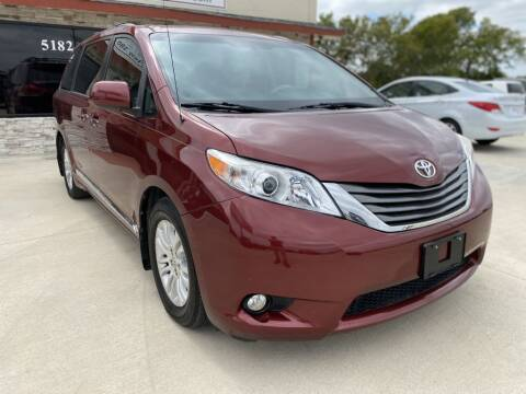 2013 Toyota Sienna for sale at Princeton Motors in Princeton TX