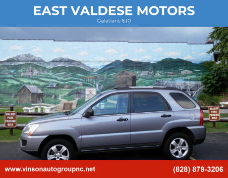 2009 Kia Sportage for sale at EAST VALDESE MOTORS in Valdese NC