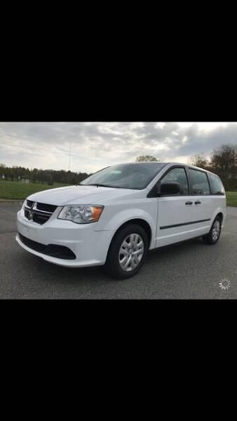 2013 Dodge Grand Caravan for sale at Bob's Motors in Washington DC