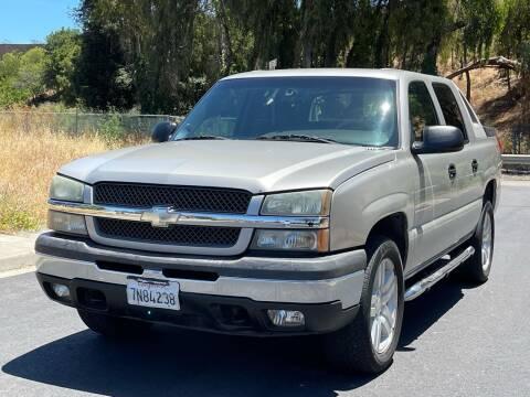 2004 Chevrolet Avalanche for sale at ZaZa Motors in San Leandro CA
