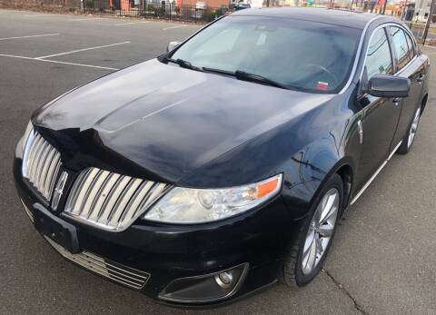 2010 Lincoln MKS for sale at MAGIC AUTO SALES in Little Ferry NJ