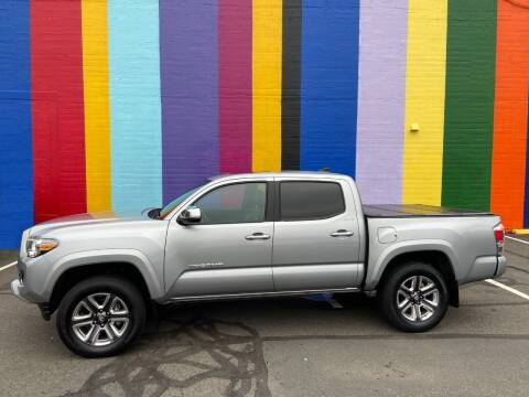 2019 Toyota Tacoma for sale at JOSE MESA AUTO WHOLESALE , LLC in Portland OR