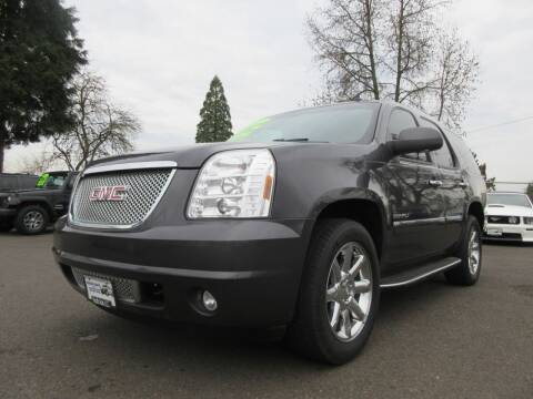 2011 GMC Yukon for sale at Pacific Auto LLC in Woodburn OR