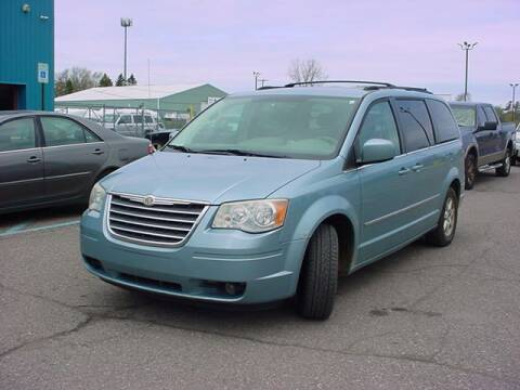 2009 Chrysler Town and Country for sale at VOA Auto Sales in Pontiac MI