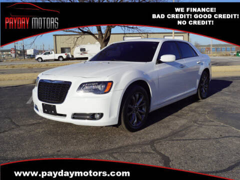 2014 Chrysler 300 for sale at Payday Motors in Wichita And Topeka KS