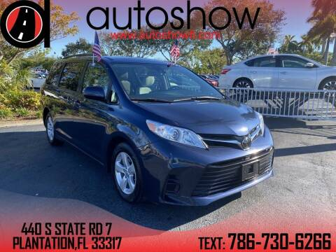 2018 Toyota Sienna for sale at AUTOSHOW SALES & SERVICE in Plantation FL