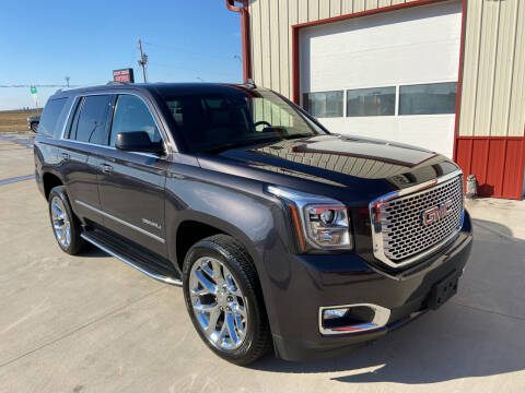 2017 GMC Yukon for sale at SCOTT LEMAN AUTOS in Goodfield IL