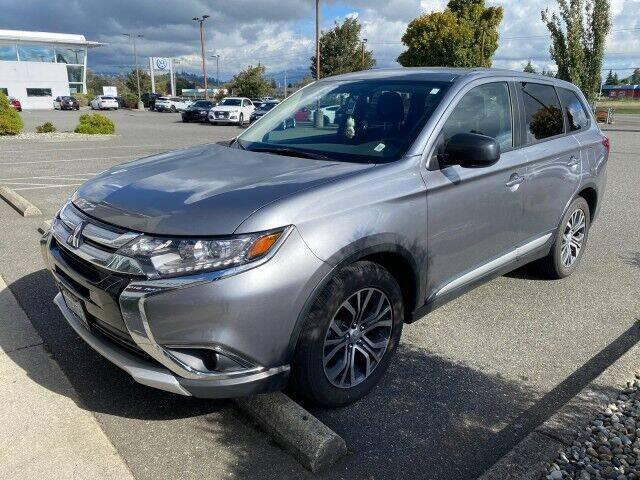 2017 Mitsubishi Outlander for sale at Karmart in Burlington WA