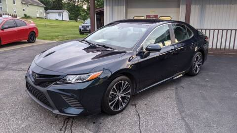 2018 Toyota Camry for sale at Kidron Kars INC in Orrville OH