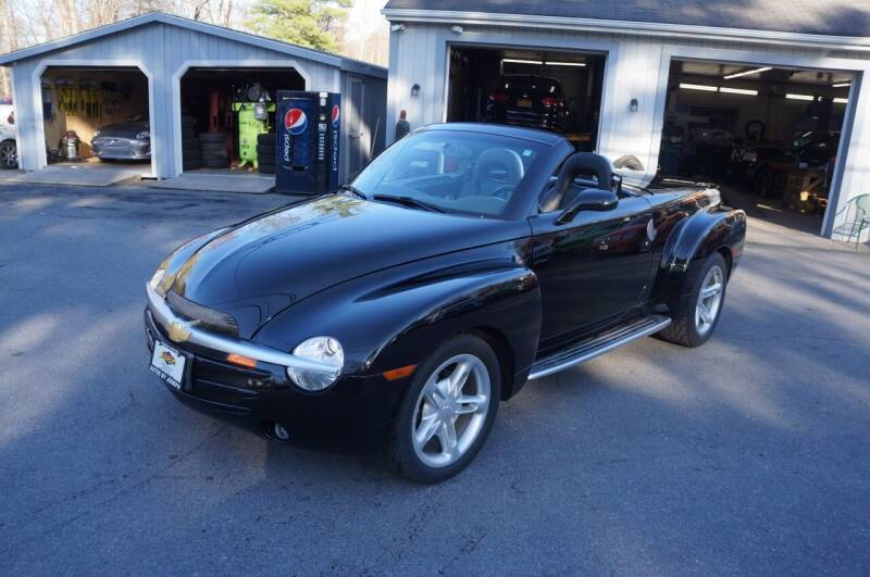 2004 Chevrolet SSR for sale at Autos By Joseph Inc in Highland NY