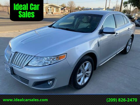 2009 Lincoln MKS for sale at Ideal Car Sales in Los Banos CA