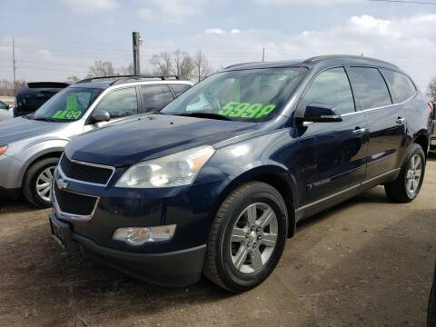 2009 Chevrolet Traverse for sale at Northwoods Auto & Truck Sales in Machesney Park IL