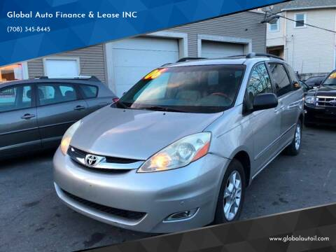 2006 Toyota Sienna for sale at Global Auto Finance & Lease INC in Maywood IL