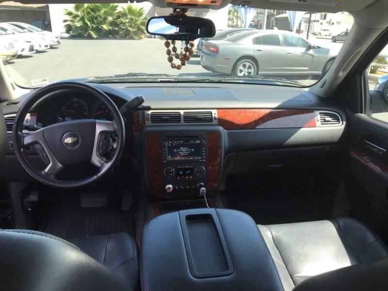 2011 Chevrolet Suburban 4x2 LTZ 1500 4dr SUV - Montebello CA