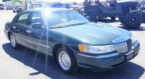 1999 Lincoln Town Car for sale at Vehicle Liquidation in Littlerock CA