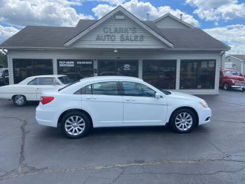 2013 Chrysler 200 for sale at Clarks Auto Sales in Middletown OH