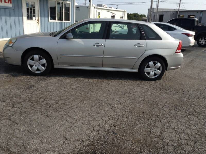 2006 Chevrolet Malibu Maxx for sale at Kevin's Motor Sales in Montpelier OH