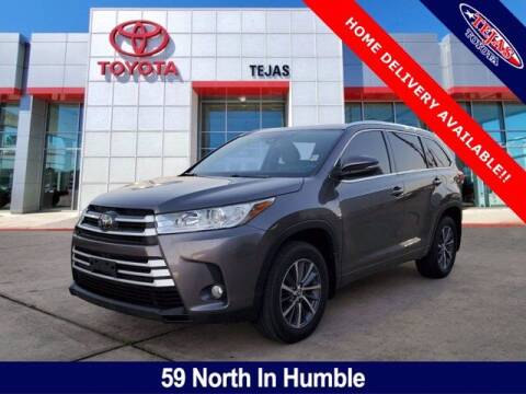 2018 Toyota Highlander for sale at TEJAS TOYOTA in Humble TX