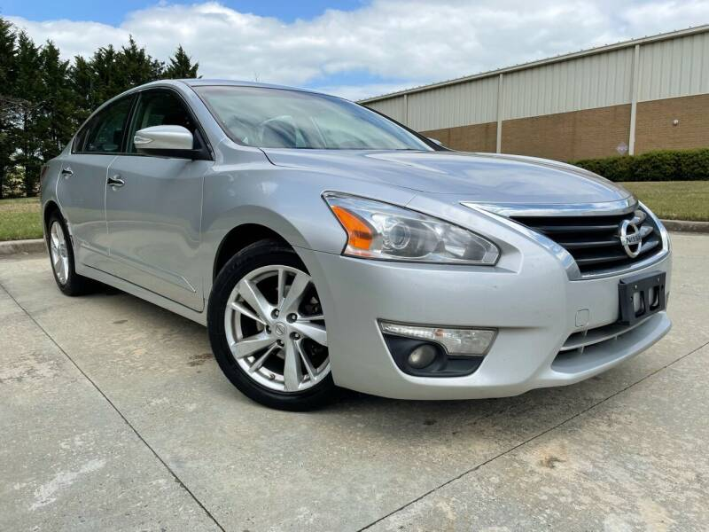 2014 Nissan Altima for sale at Global Imports Auto Sales in Buford GA