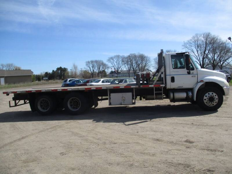 2004 International DuraStar 4300 for sale at D & T AUTO INC in Columbus MN