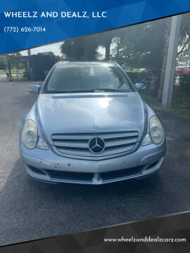 2007 Mercedes-Benz R-Class for sale at WHEELZ AND DEALZ, LLC in Fort Pierce FL