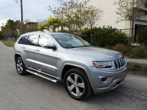 2014 Jeep Grand Cherokee for sale at SUPER DEAL MOTORS in Hollywood FL